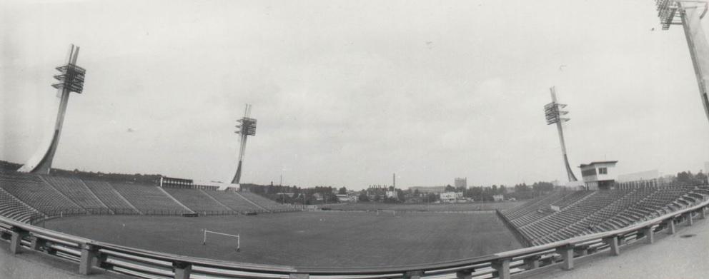 stadion_80
